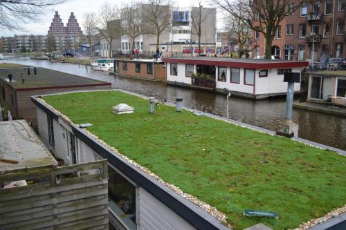 Kades van Smaragd Bilderdijkkade by Micky Westerbeek 11